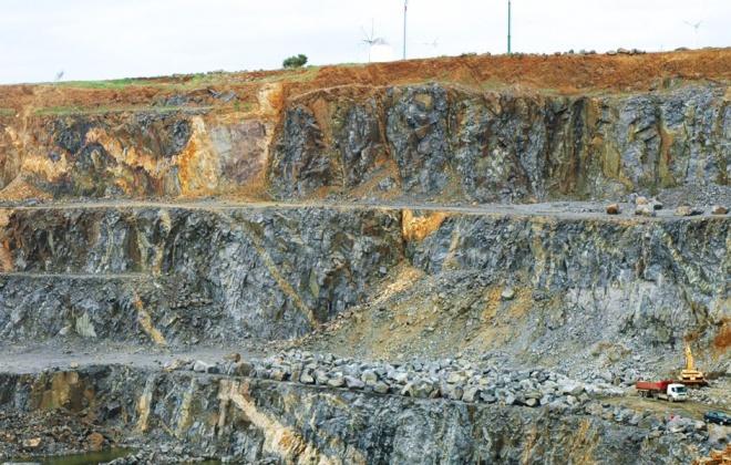 APS inicia a exploração da pedreira de Monte Chãos