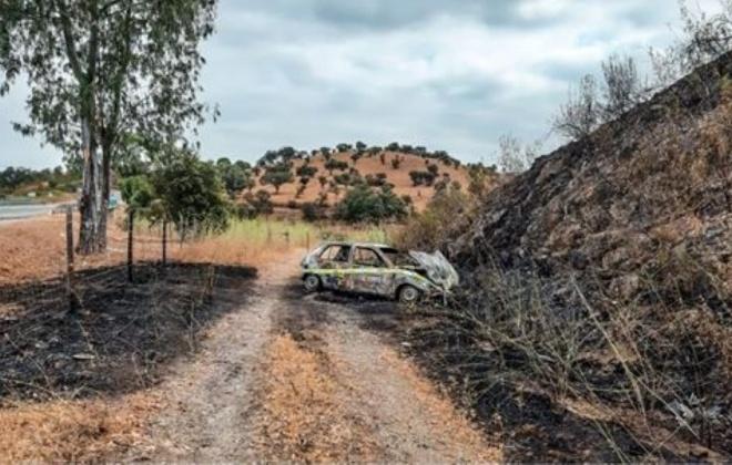 Viatura sem ocupantes arde no IC1 em Ourique