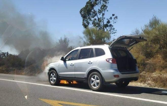 Viatura ligeira ardeu por completo na A2, em Alcacer do Sal