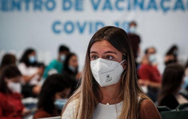 Covid-19: Agendamento da vacina alargado para jovens dos 12 aos 17 anos