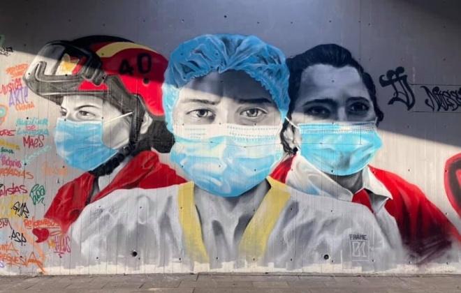 Amigos pintam mural de agradecimento em Vila Nova de Santo André