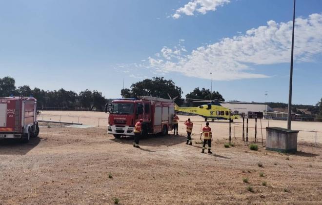 Incêndio em contentor provoca ferido grave em São Martinho das Amoreiras, Odemira