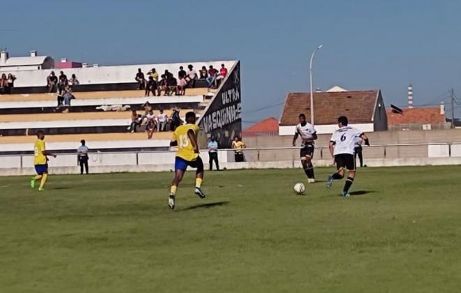 Vasco da Gama e União de Santiago perdem no primeiro jogo da época